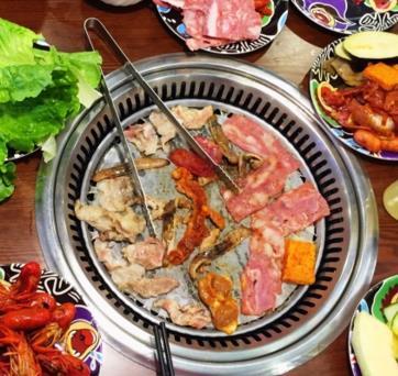 汉釜宫韩式海鲜自助烤肉涮涮锅