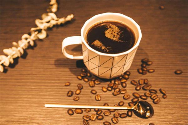 背包十年精酿&咖啡浓缩