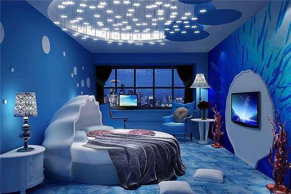 麗華園酒店藍色
