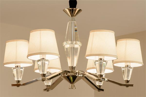百靈鳥照明吊燈