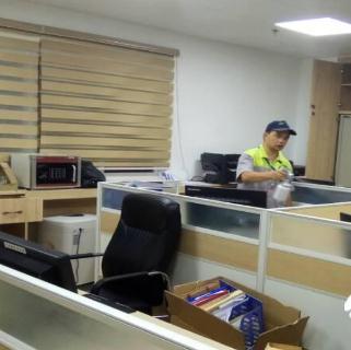 叶子光触媒办公室清理