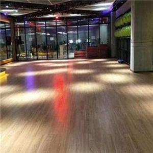 百城康祺健身俱樂部木地板