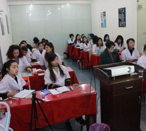 美客紋繡培訓學校專業