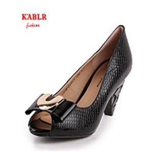 卡比丽尔黑色女鞋
