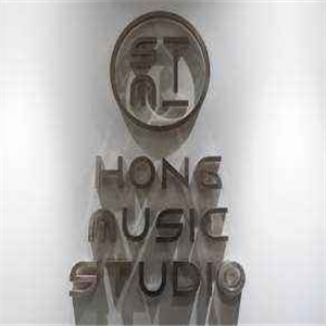 Hong studio雷竞技最新版