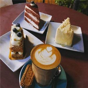 后窗春天咖啡蛋糕