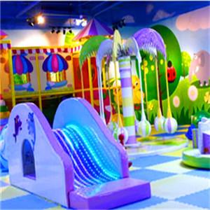 快樂小孩親子樂園-夢幻城堡
