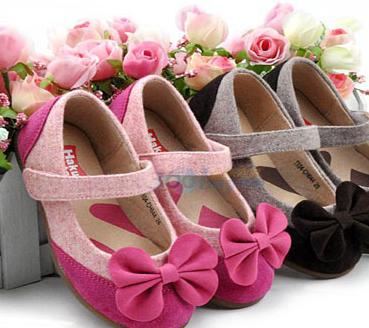 小鱼儿童鞋美丽