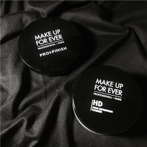 MAKE UP FOR EVER展示