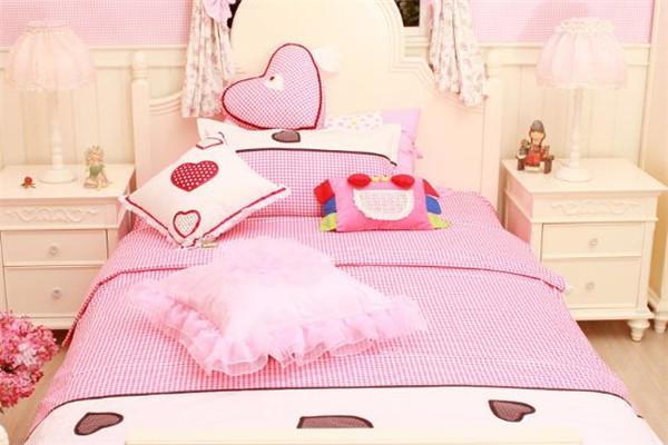 爱喜来家纺粉色