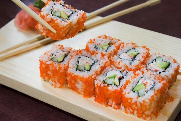 禾风外带寿司鱼子寿司