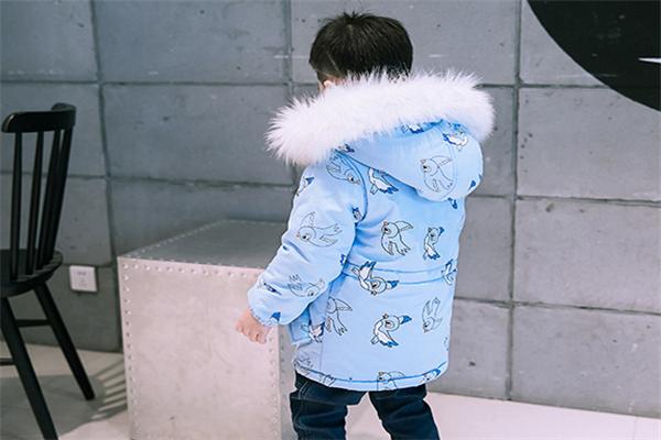 小燕子童装蓝色
