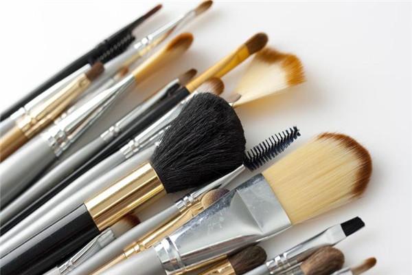 齐颜美妆美妆工具