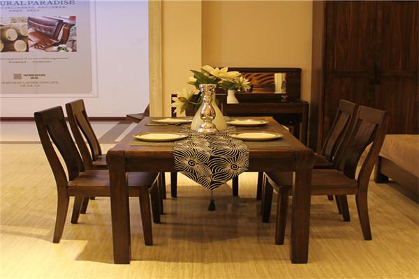 欧罗曼家具餐桌