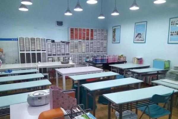 公文式国顺路教育中心教室
