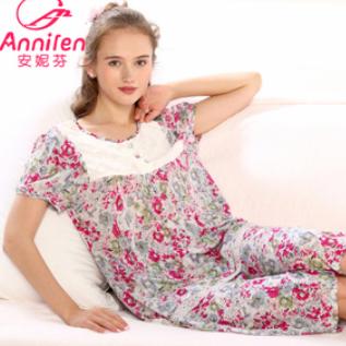 安妮芬内衣时尚
