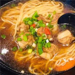 刘山厨辣鸡爪杂面条好吃
