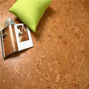 得高软木地板光滑