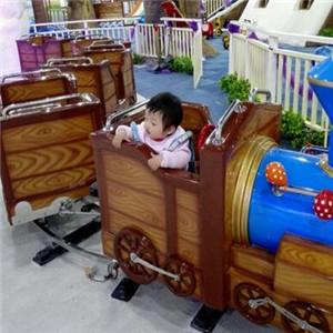 吉米瑞儿童乐园玩耍