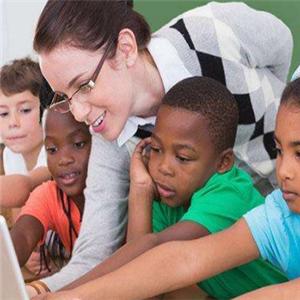 非凡国际儿童英语教学