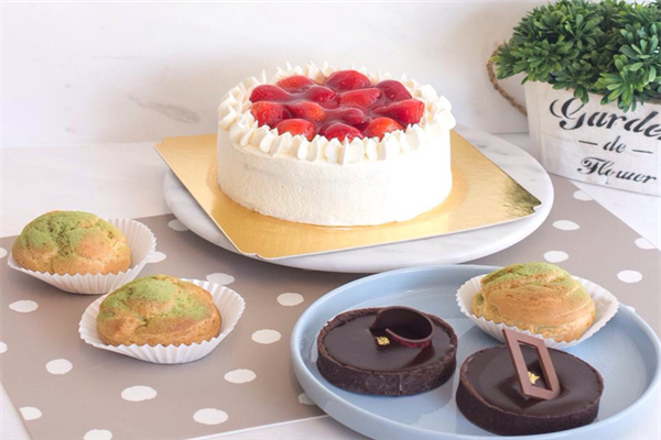 乐德福草莓蛋糕