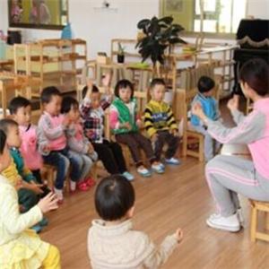 福貝貝嬰幼兒教育課間