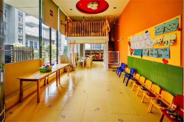 比易特早教中心教室
