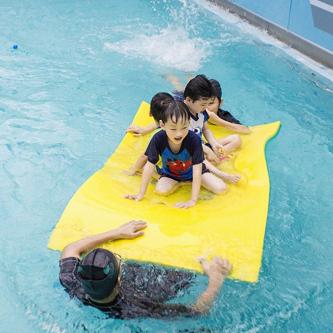 海騰國際親子游泳中心時尚