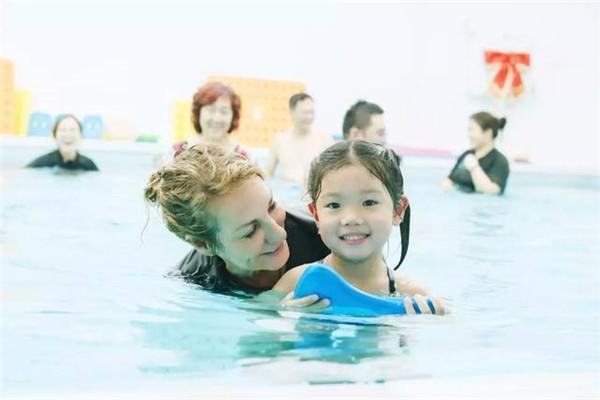 海騰國際親子游泳中心合理