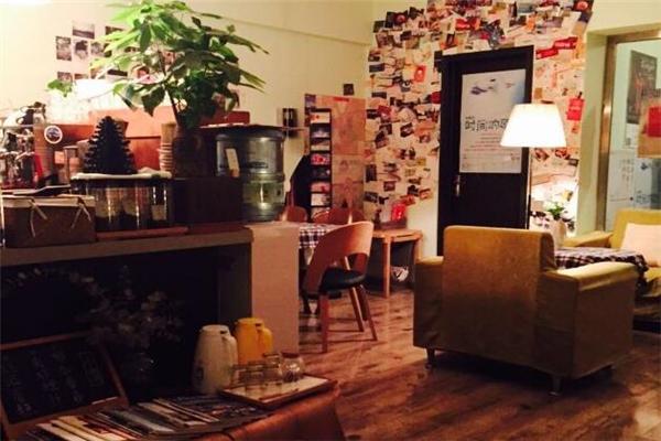平仄咖啡館柜臺