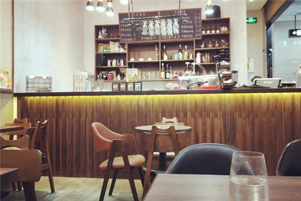 曼岛物语咖啡柜台