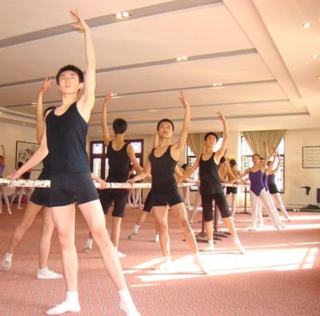 明明藝術學苑舞蹈