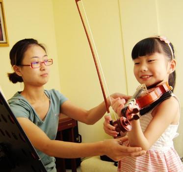 名師之生提琴培訓中心教學