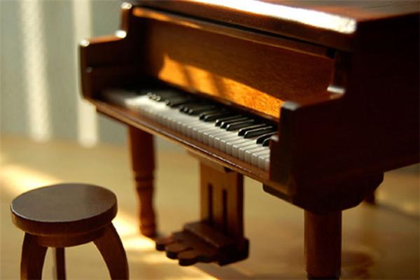 民音藝術海曼藝校鋼琴教育