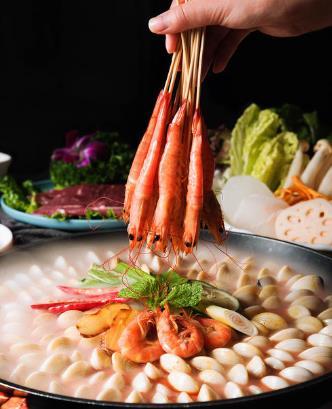 日月卜卜贝海鲜雷竞技二维码下载鲜虾