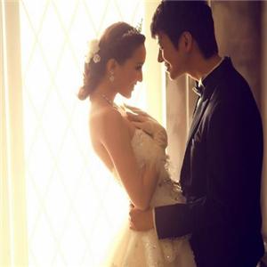 情系一生婚纱摄影品牌