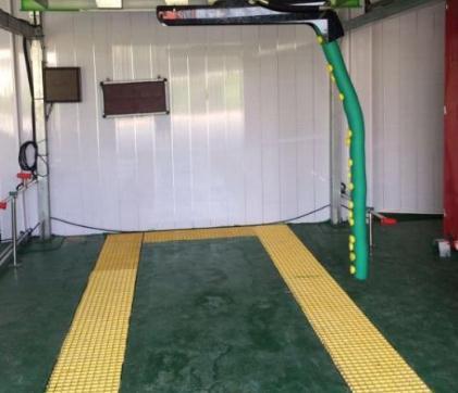雷龍機器人洗車洗車室