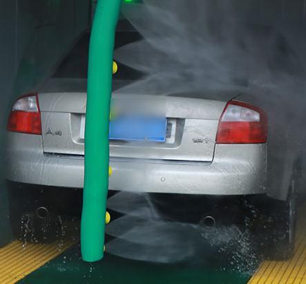 雷龍機器人洗車干凈