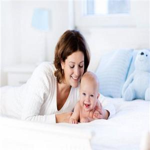 育龍孕嬰服務