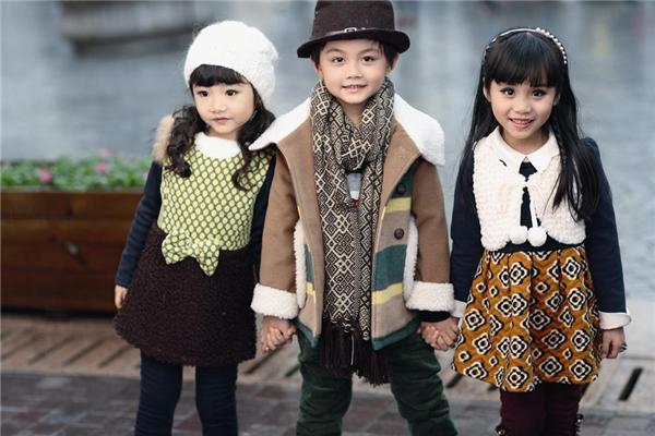 快乐童装时尚
