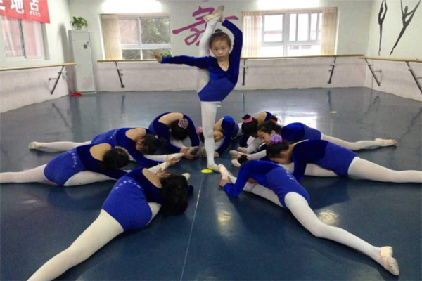 小雅音乐舞蹈俱乐部芭蕾