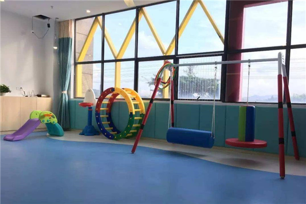 棒吉拉国际早教中心教室