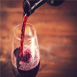 文娜玛红葡萄酒三年