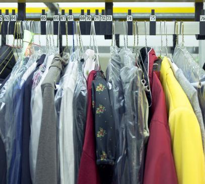 喜净干洗多件衣服