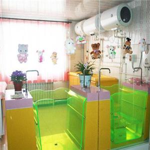 Hello宝贝婴儿游泳馆透明泳池