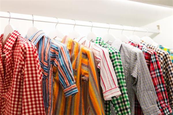 芬芳干洗衣服