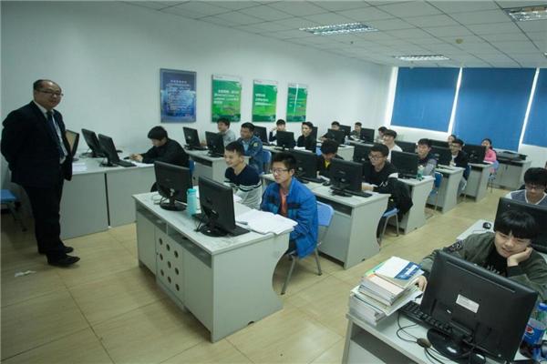 北大青鳥計算機培訓輔導