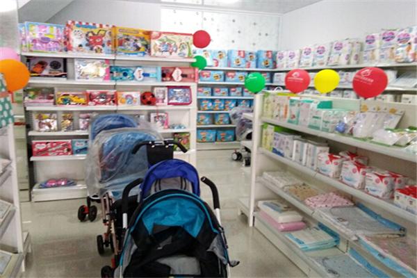 小数点母婴生活馆产品丰富