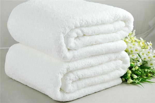 蝸品浴巾白色