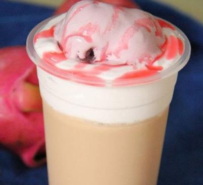酷咖咖啡草莓奶盖